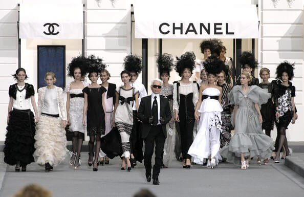 Paris+Fashion+Week+Chanel+Spring+Summer+2009+AlnMNgOESiLl