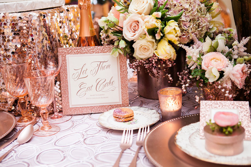 Pink_Glamour_Wedding_Table_Setting_Michelle_Lacson_Photography_1-h