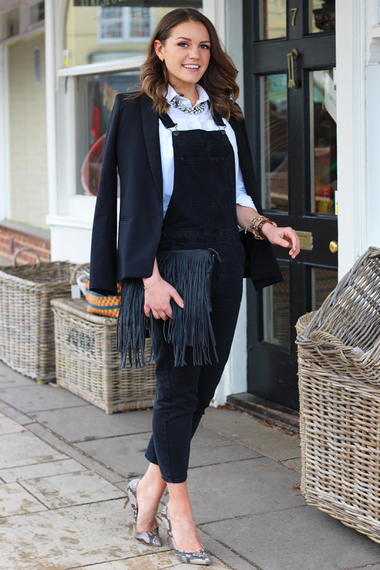 Black-Dungarees-White-Shirt-Monica-Beatrice-Welburn-The-Elgin-Avenue